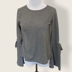 Urban Heritage Bell Sleeve Gray Knit Top - Small